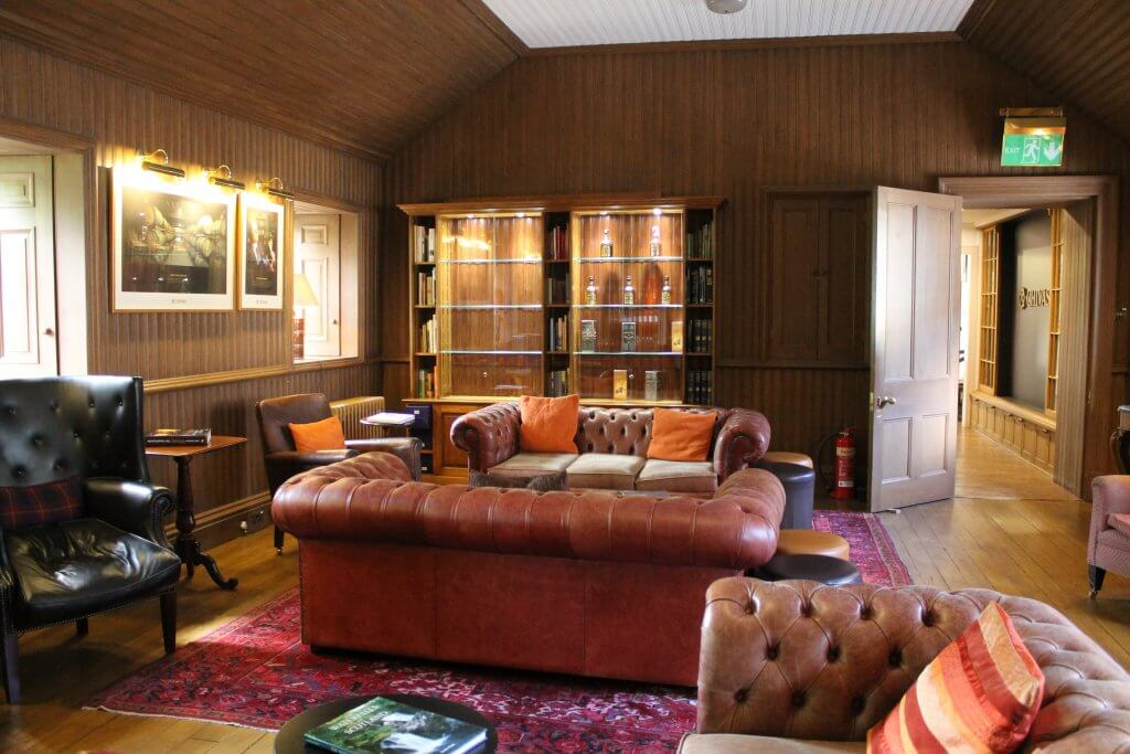 der man cave die ultimative m nnerh hle einrichten auf was maenner. Black Bedroom Furniture Sets. Home Design Ideas