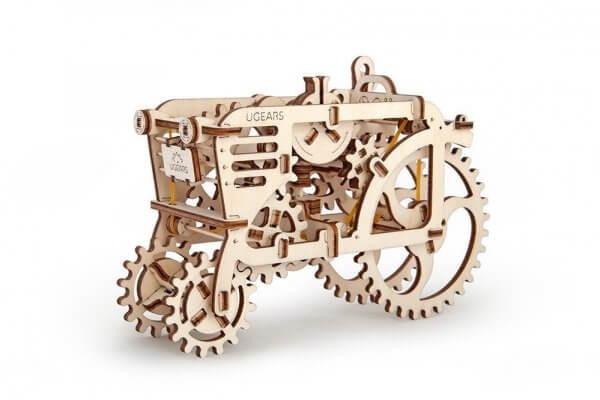 Holzbausatz - besten Holzmodell kaufen - Bausatz aus Holz - Geschenkidee und Männerspielzeug - Traktor aus Holz Männerspielzeug kaufen – Männerspielzeuge finden – Spielzeug für Männer finden – bestes Männerspielzeug – Männerspielzeug im Vergleich