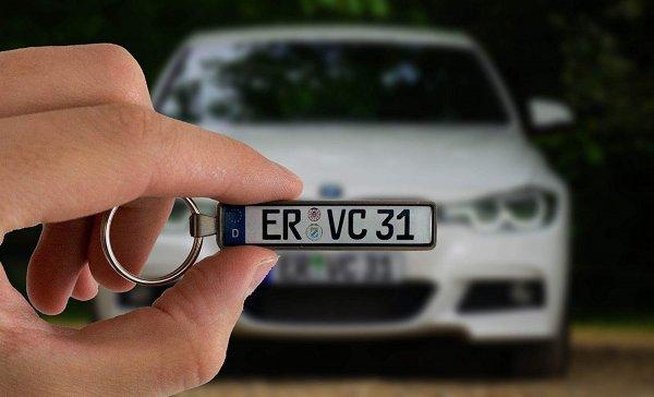 Personalisierter Nummerschild Schlüsselanhänger 4